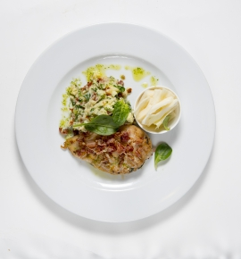 Chicken fillet with tomato and spinach puree