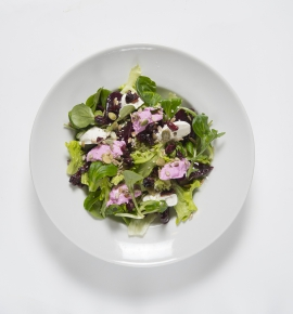 Salad with feta cream and beets