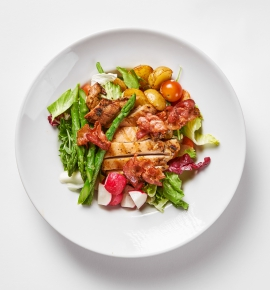 Bajoriškos salotos su vištiena